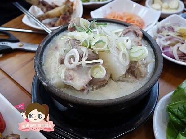 日昇食堂해오름식당巨無霸黑豬肉烤肉串0035.jpg
