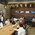 太陽的後裔dalkomm caffee亭子洞店0013.jpg
