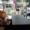 太陽的後裔dalkomm caffee亭子洞店0018.jpg