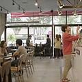 太陽的後裔dalkomm caffee亭子洞店0028.jpg