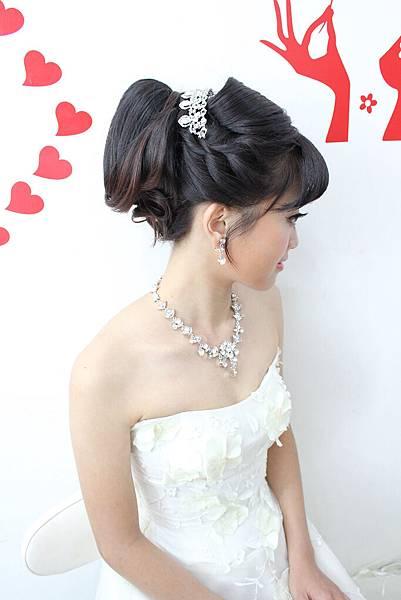 鮮花造型 歐美風造型 新北市新秘 推薦vina素人改造~婷  (11).jpg