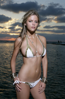 Brooklyn Decker 1.jpg