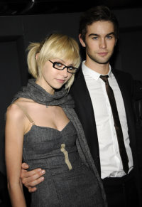 Chace Crawford & Taylor Momsen.jpg