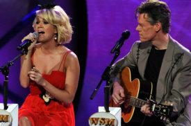 AI8.E22_Carrie Underwood、Randy Travis.jpg