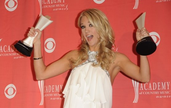 2009 ACM Awards_Carrie Underwood 02.jpg