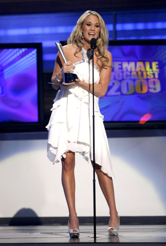2009 ACM Awards_Carrie Underwood 03.jpg