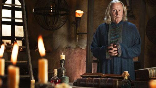 Richard Wilson as Gaius.jpg