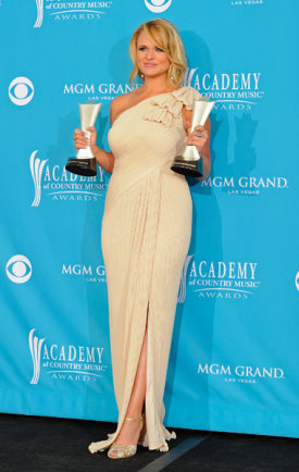 Miranda Lambert Wins 45th ACM Top Female Vocalist.jpg