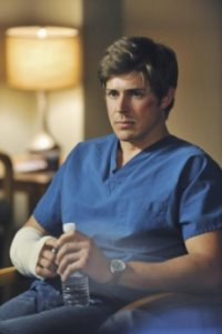 Chris Lowell of Private Practice S3E23 'The End of a Beautiful Friendship'.jpg