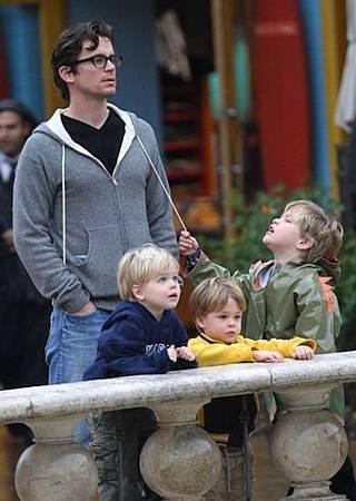 Matt Bomer and 3 Kids.jpg