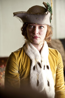 Gretchen Mol stars as Gillian.jpg