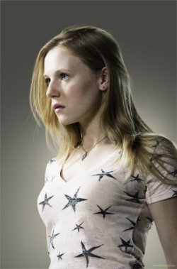 Emma Bell  as Amy.jpg