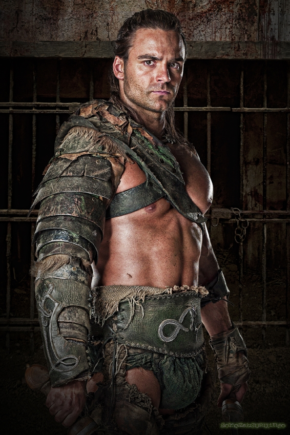 Dustin Clare as  Gannicus.jpg
