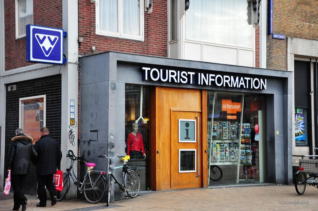 Gronigen tourist center11.jpg