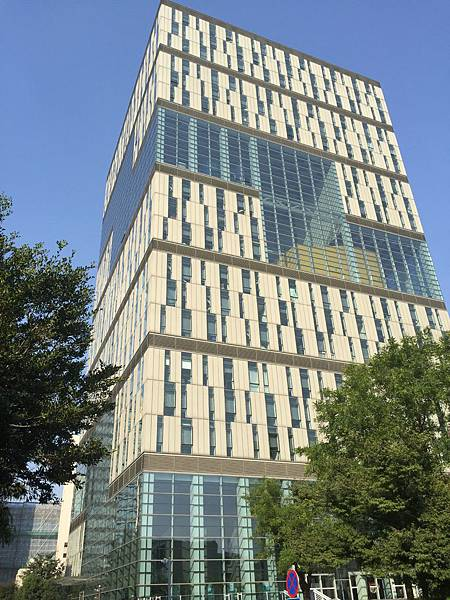 同濟大學-辦公大樓.JPG