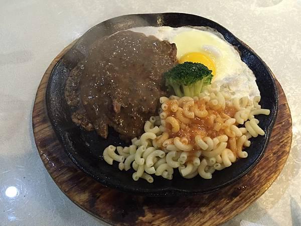 豪尚豪-沙朗牛排2.JPG