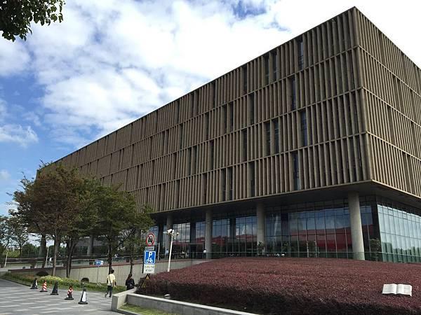 浦東圖書館外觀