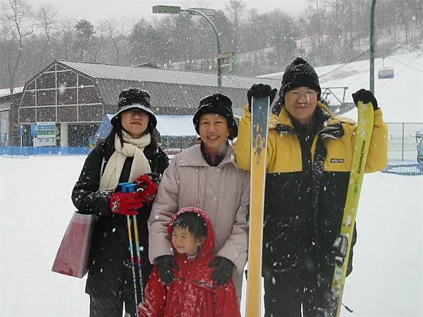 明年我也想來學學真的滑雪