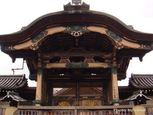 東本願寺  菊之門