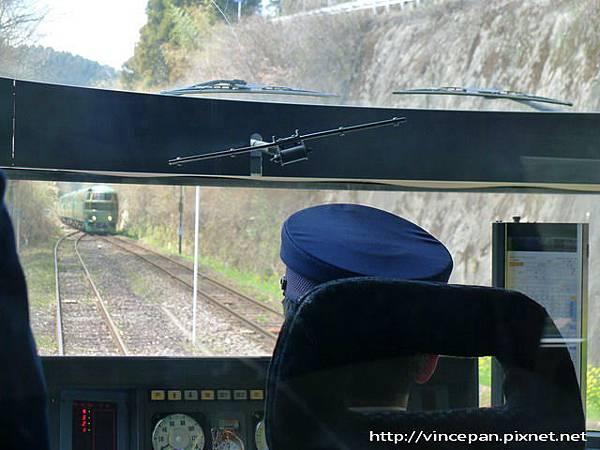 交會列車1