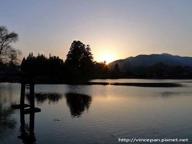 金鱗湖  夕陽