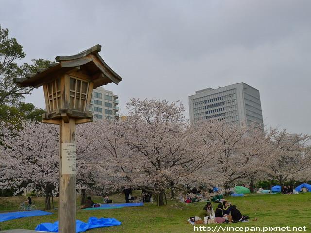 舞鶴公園的西側廣場