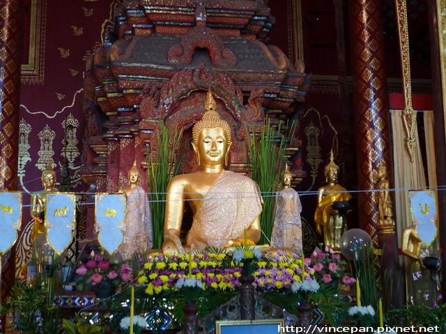 清曼寺  正殿佛像