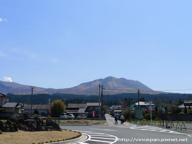 阿蘇 車站前火山