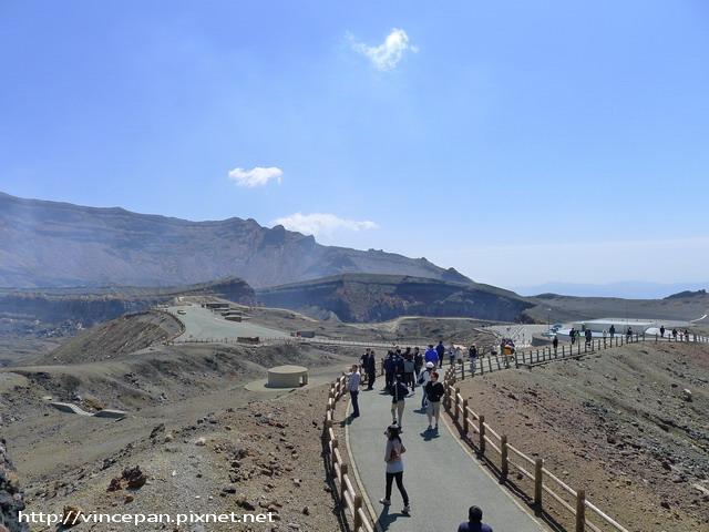 阿蘇火山口  遊客
