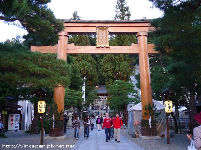 櫻山八幡宮的鳥居