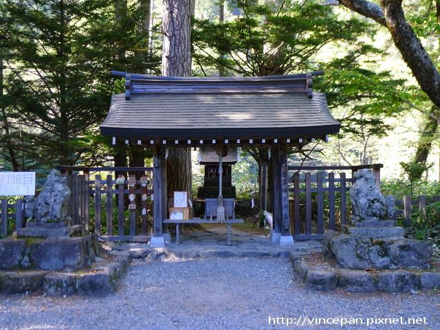 穗高神社奧宮
