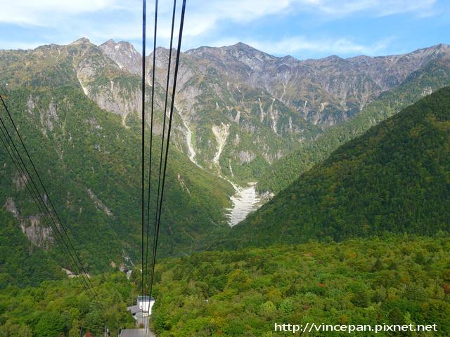 鋼纜與山景1