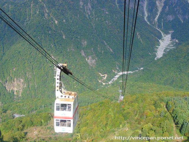 纜車與山景1