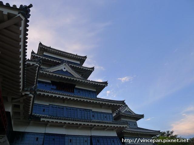 松本城 仰望