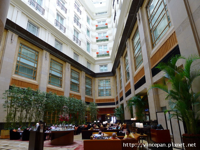 浮爾頓酒店 中庭