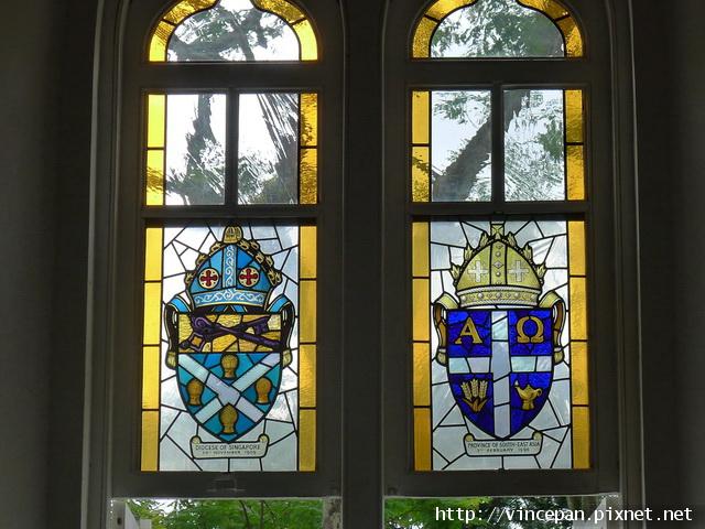 聖安德烈教堂 彩繪玻璃窗