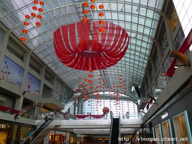 購物中心  吊飾
