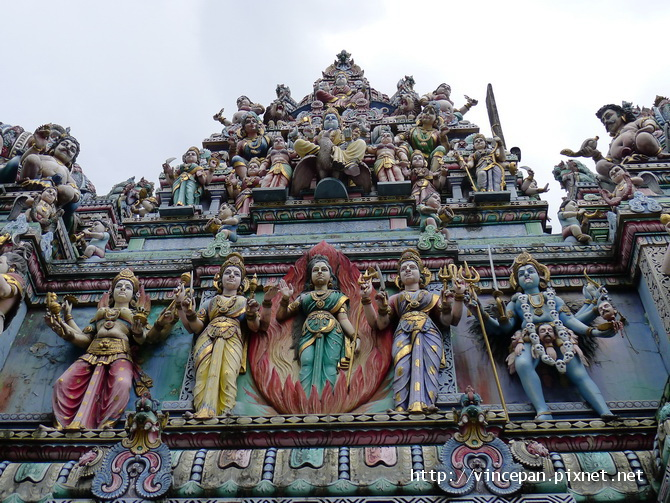 維拉瑪卡里亞曼興都廟 神像
