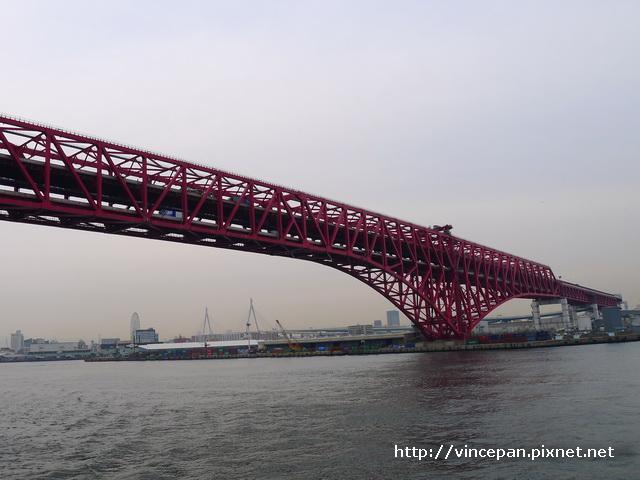 紅色鐵橋 2