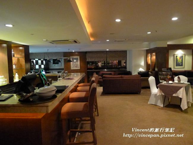 Olive lounge2