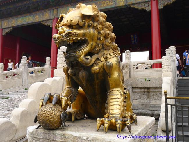 乾清門前銅獅子