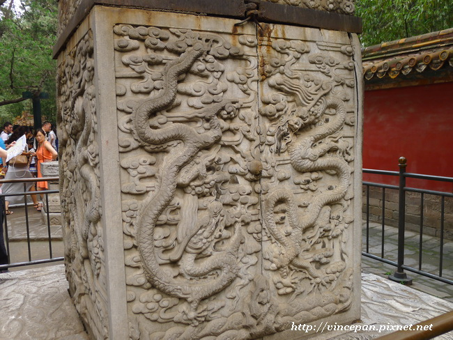 欽安殿龍雕刻