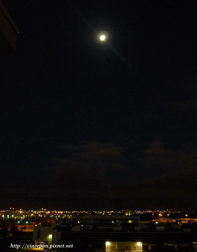 加拿大 月亮