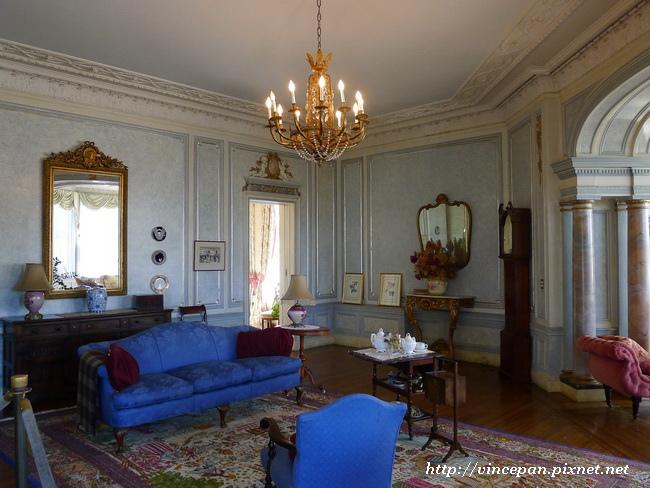 亨利爵士夫人的起居房