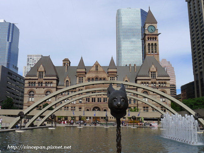 Toronto City Hall水池 2