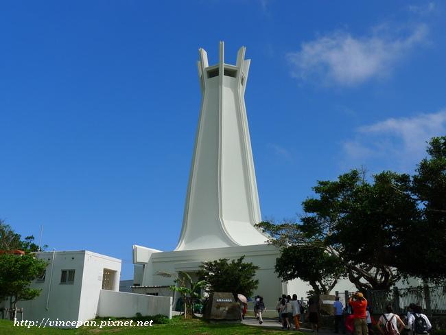 平和祈念堂 側面