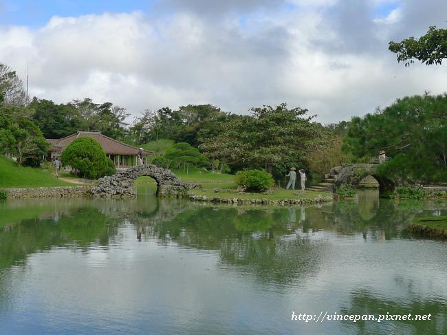 識名園 水池1