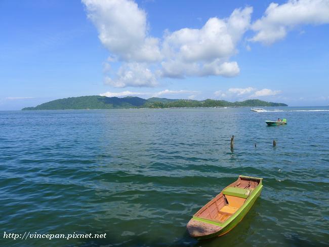 加雅島 小舟