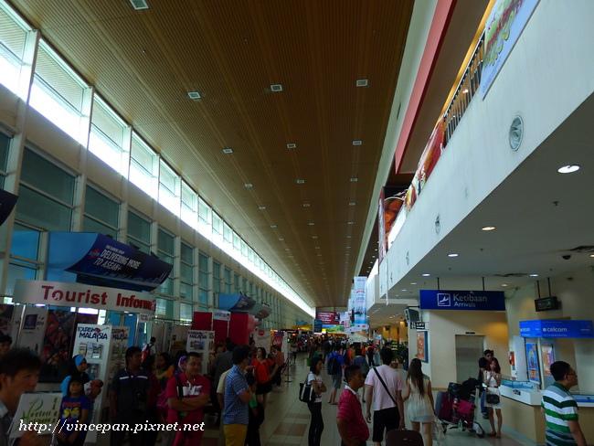 亞庇國際機場