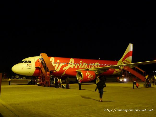 亞航班機 回程